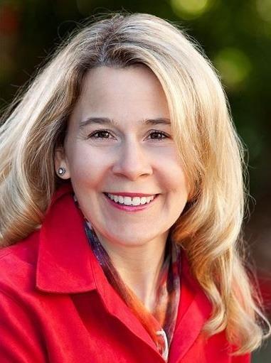 Lianne Hofer Clutter Consultant